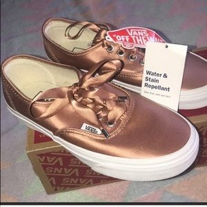 👩VANS AUTHENTIC SATIN WATER /STAIN  REPELLANT NEW